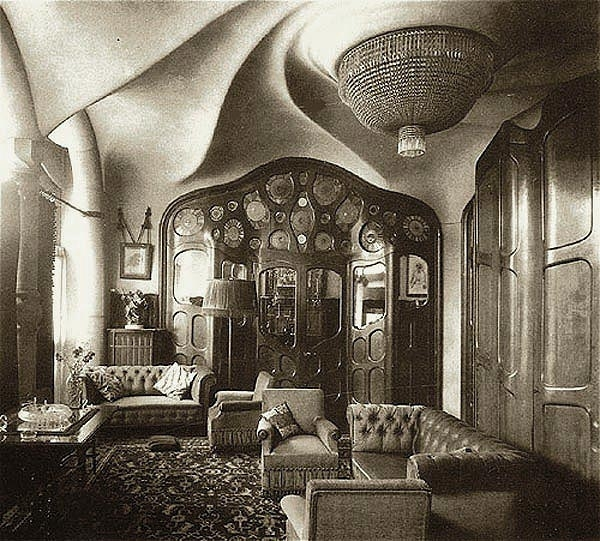 Gaudi designer casa batllo album period photo of for Casas de sofas en barcelona