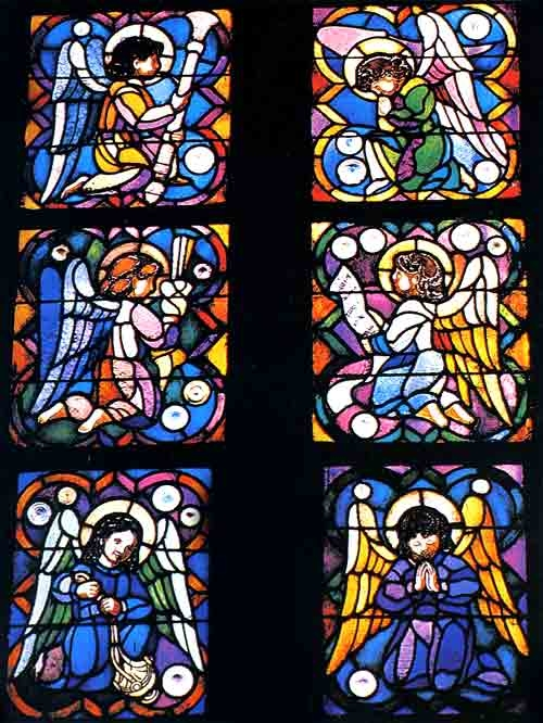 Sagrada Familia / Stained Glass / Stained glass windows of the Crypt
