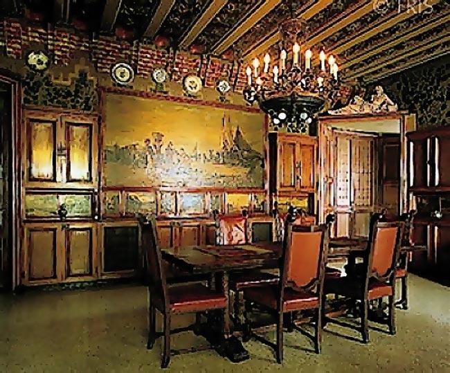 Gaudi designer casa vicens cabinet work dining room for Casa designer