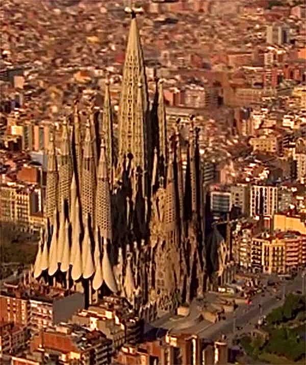Gaudi Designer Sagrada Familia Gt Album Sagrada